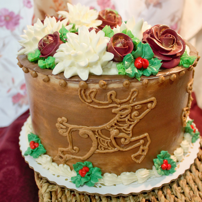 Rustic Reindeer Holiday Themed Cake