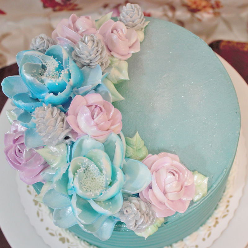 Winter Flowers and Silver Pinecones Cake
