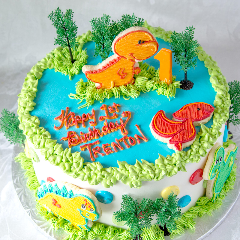 Dinosaur Cake With Cookie Accents